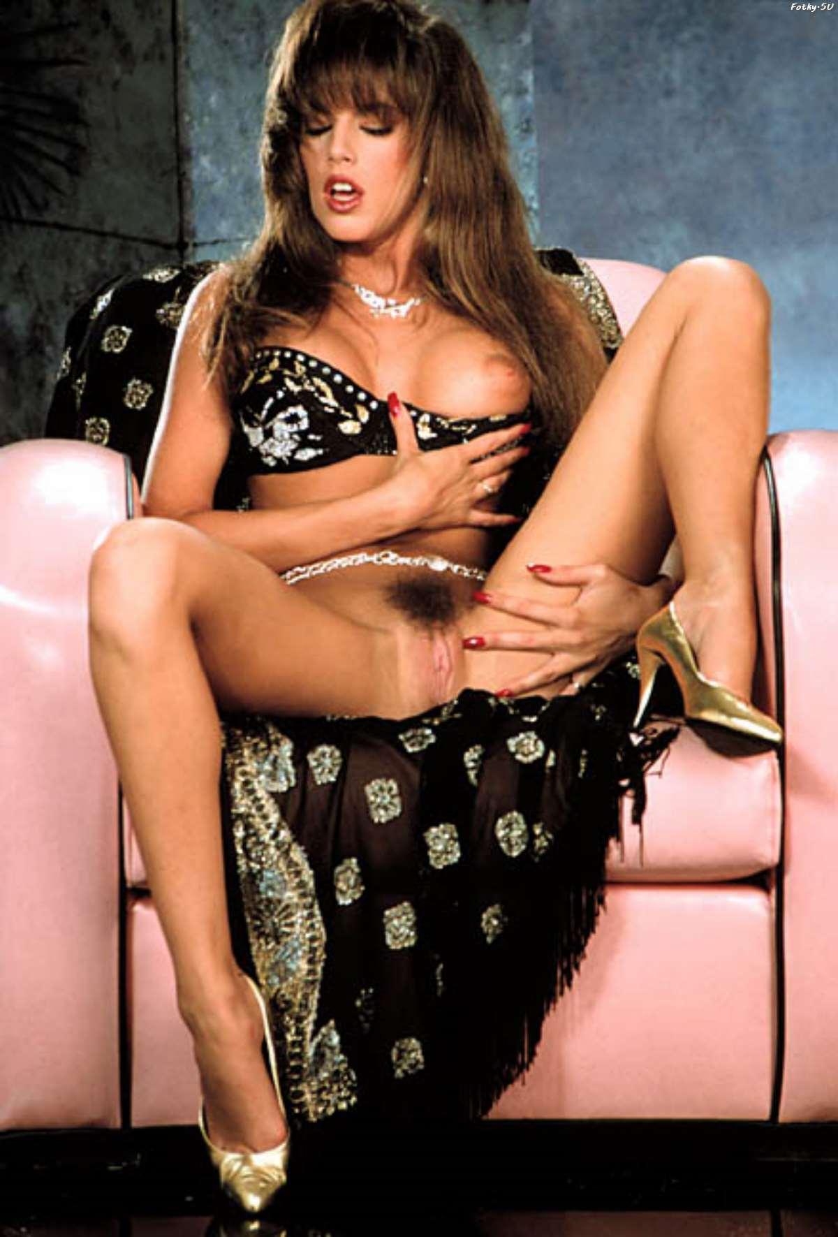kellie-shanygne-jackson-nude