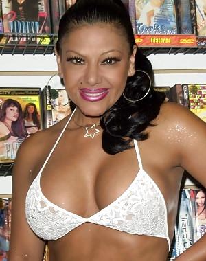 Alicia Rio